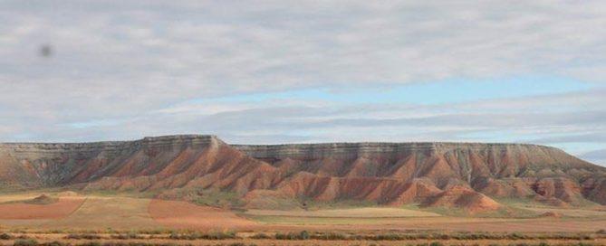 La Lomaza una riqueza esteparia que descubre el encanto del desierto de Belchite